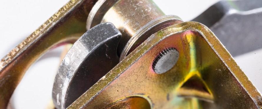 Detail der Funktion im Türfeststeller in Stahlausführung