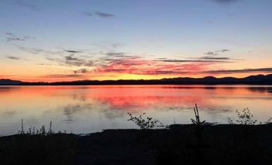 riddish-pink lake