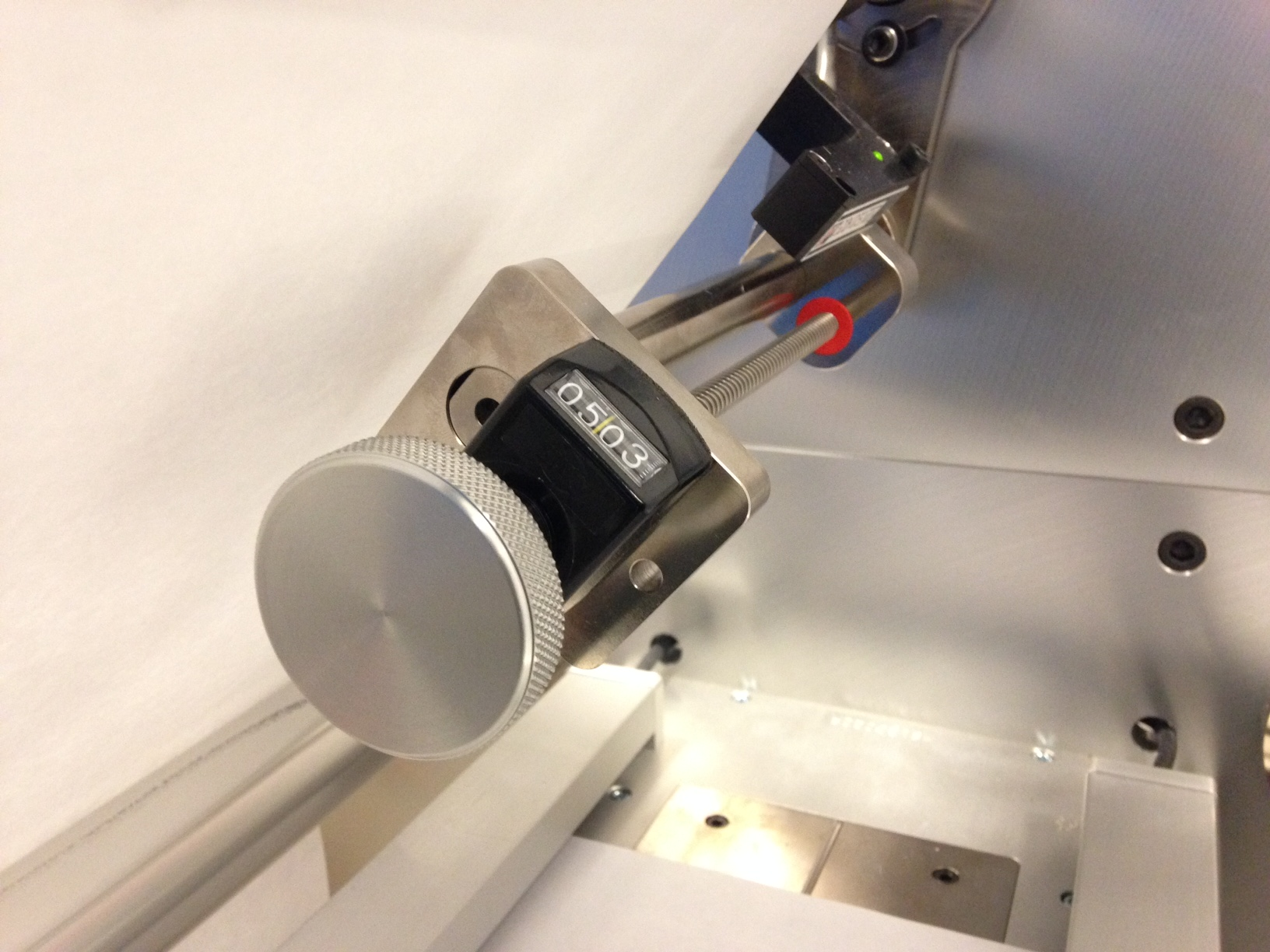 Spindle steering adjustment