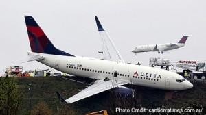 delta jet rolls off runway