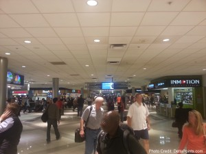 crowed concorse atl atlanta airport delta points blog