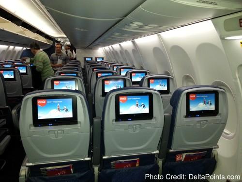 Delta Air Lines 737-900ER photos delta points travel blog (12)