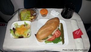 steak sandwich 1st class delta transcon atl-lax Mileage Run Delta Points travel blog rene MKE to LAX (6)