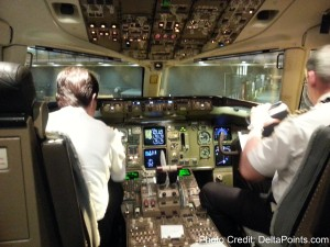 757-300 cockpit SEA-HNL Delta Points mileage run to hawaii (11)