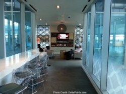 more seating bar area centurion lounge dfw delta points review