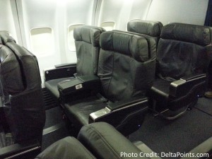 United 737 business class seats delta points blog (2)