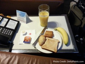 toronto air canada maple leaf lounge yyz delta points blog (2)