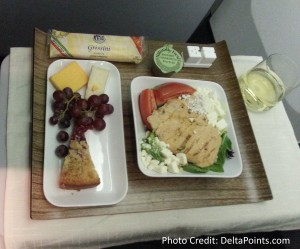 cold chicken salad lunch delta 1st class lax to atl