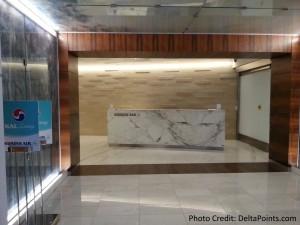 entrance Korean Air lounge LAX Delta Points blog