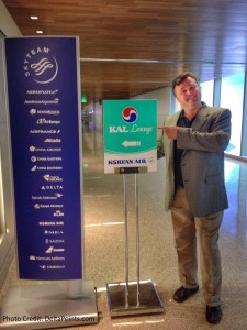 rene from Delta Points trying to get into the Korean Air lounge LAX Skyteam