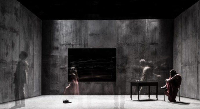 FRAME , regia A. Serra
