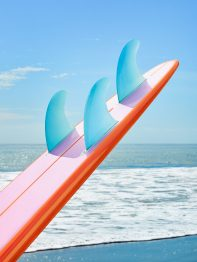 ON THE BEACH_SURFBOARD 02