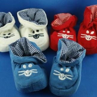 Baby-Stoff Schuhe