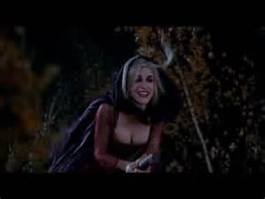 Sarah Sanderson, Hocus Pocus top ten wicked witches