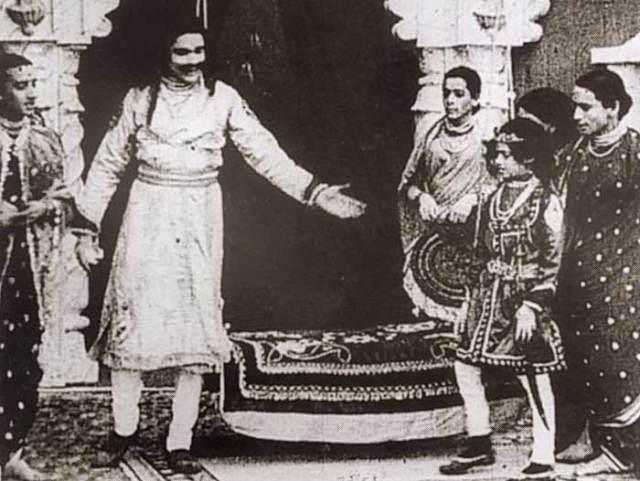Retro Review: Raja Harishchandra (1913).