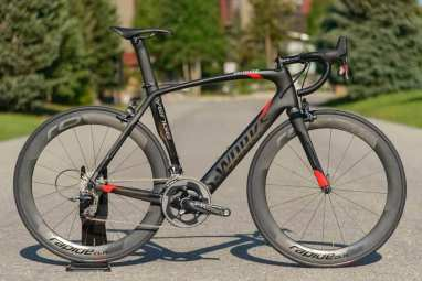 2014-Specialized-S-Works-Venge-HRR-road-bike01.jpg