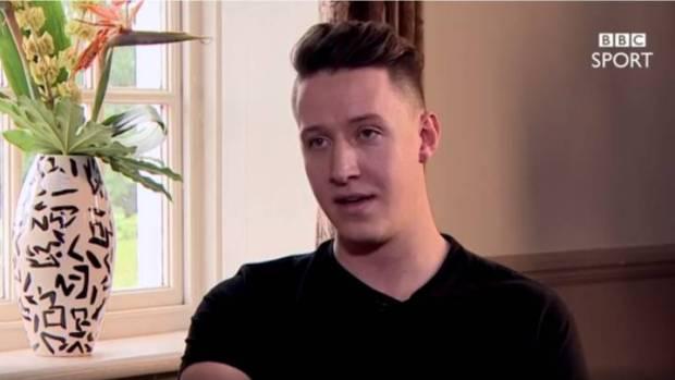 Josh Edmoson en la entrevista con la BBC