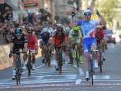 Arnaud Demare ganando Milán - San Remo