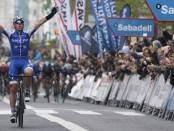De la Cruz gana en País Vasco