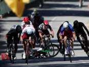 Peter Sagan golpea a Cavendish