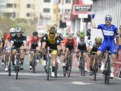Elia Viviani gana la 2ª etapa del Abu Dhabi Tour