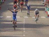 Gilbert ganando la 17ª etapa de la Vuelta a España