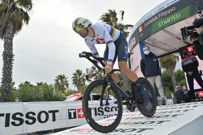 Filippo Ganna en la crono de la Tirreno - Adriático 2021