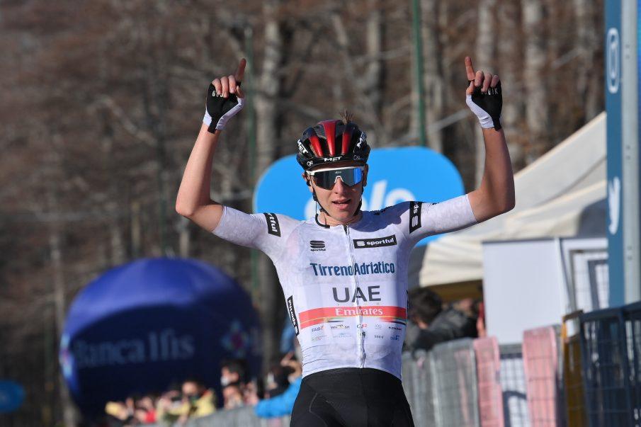 Tadej Pogacar ganó la 4 etapa de la Tirreno - Adriático