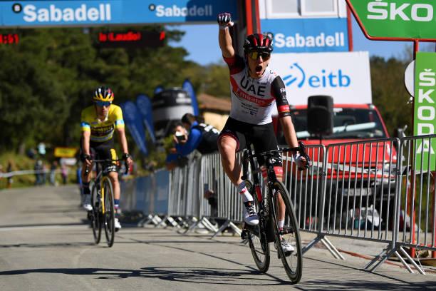 Pogacar gana la tercera etapa de la Vuelta al País Vasco