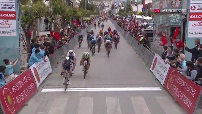 Jasper Philipsen gana la 7ª etapa del Tour de Turquía