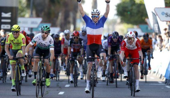 Arnaud Demare gana la quinta etapa de la Volta a la Comunitat Valenciana