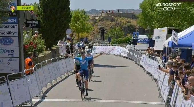Gonzalo Serrano gana la primera etapa de la Vuelta a Andalucía