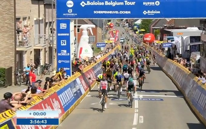 Caleb Ewan gana la tercera etapa del Tour de Bélgica