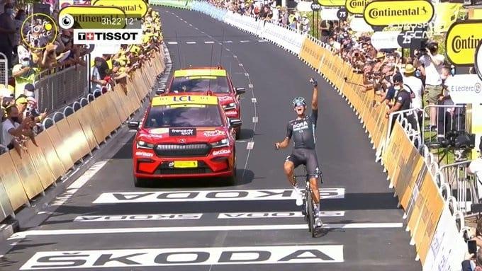 Nils Politt gana la 12ª etapa del Tour de Francia