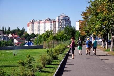 Străbătând străzile celui de-al doilea oraș, ca mărime din...România. De la străzi înguste, cu case vechi și pipernicite, la bulevarde largi cu blocuri comuniste, străbătând zone rezidențiale noi, toate le-am făcut la pas, savurând fiecare moment