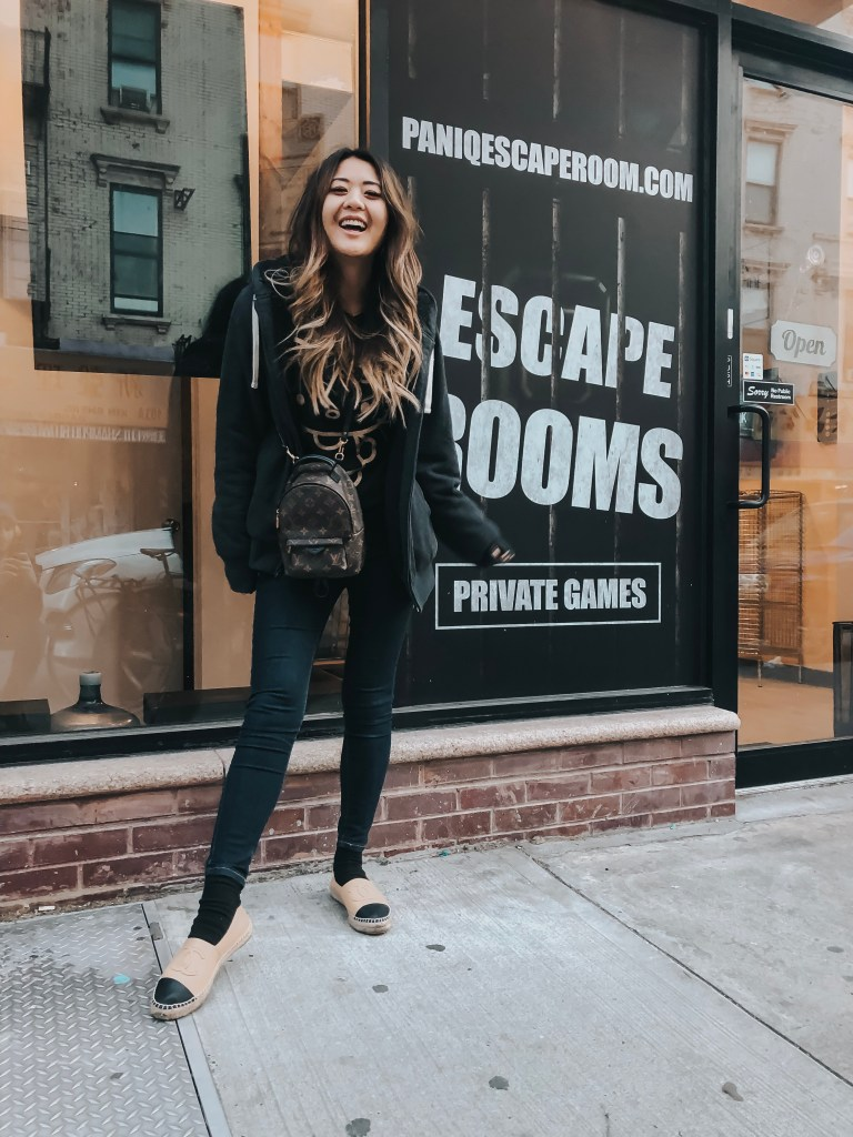Escape rooms are such a good corporate team building activity. Read more about blogger, Demi Bang, doing an escape room at PanIQ Room in New York City.