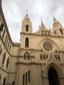 Één van de kerken waar bijna elke week wel een bruiloft te vinden is!