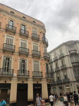Malaga stads centrum! Helemaal verliefd op de gebouwen hier