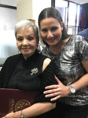 Blanca Rosa Gil e Iris