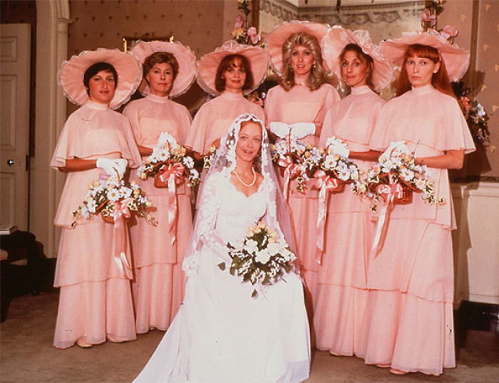 15+ Hilarious Vintage Bridesmaid Dresses That Didn't Stand