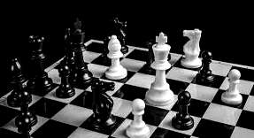 How to Play chess online with friends