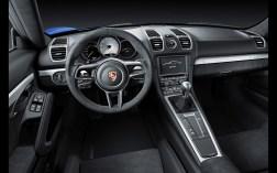 2015-Porsche-Cayman-GT4-Interior-2-1920x1200