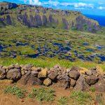 Vulcão Rano Kau e a trilha mais bonita da Ilha de Páscoa.