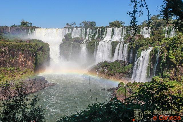 O que fazer em Puerto Iguazú: ver o lado argentino das Cataratas.