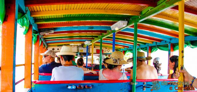 passeio de Chiva em Cartagena de Indias-12