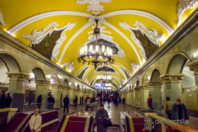 Metrô de Moscou-28