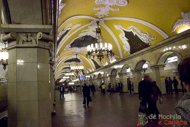 Metrô de Moscou-36