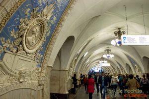 Metrô de Moscou-21