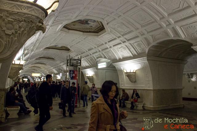 Metrô de Moscou-47