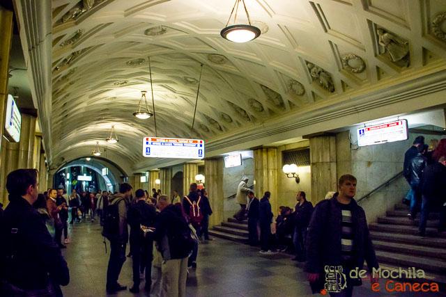 Metrô de Moscou-49